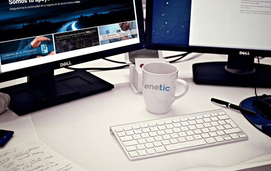 Soporte y mantenimiento de Enetic para usuarios y clientes de implantación