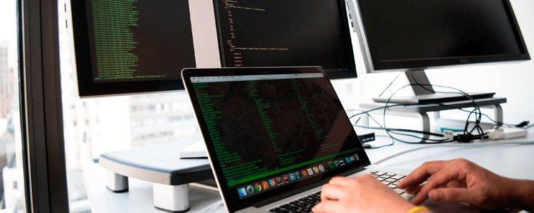 el administrador de sistemas con soluciones avanzadas de almacenamiento y protección de datos